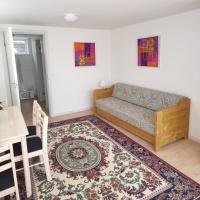 Et værelseslejlighed - med egen indgang